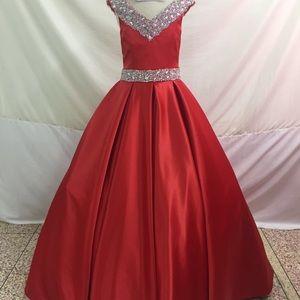 Brand new dandan li gown